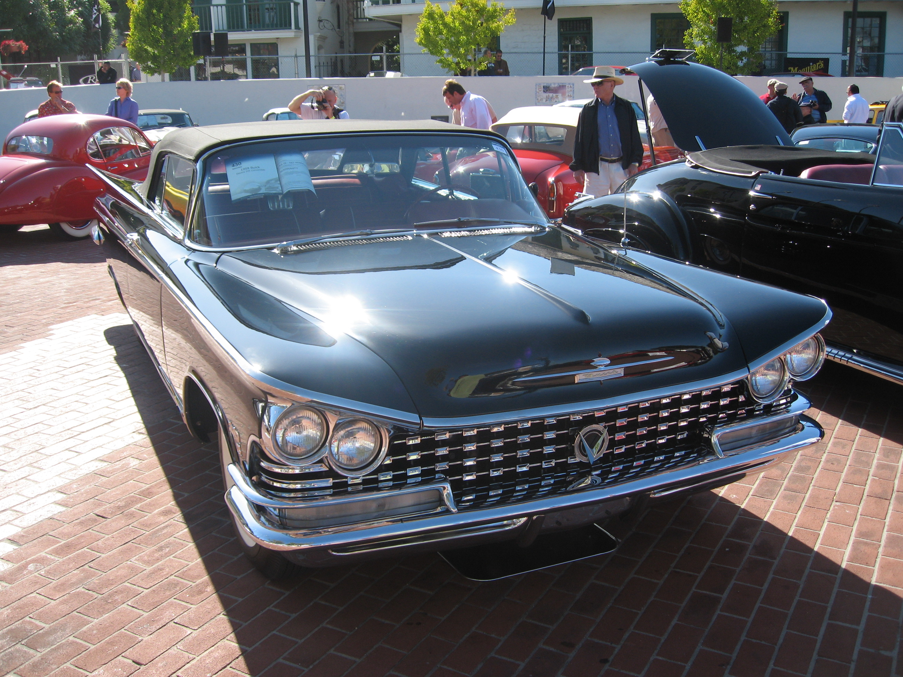 📌 Buick Electra