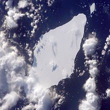 Overhead photo of iceberg