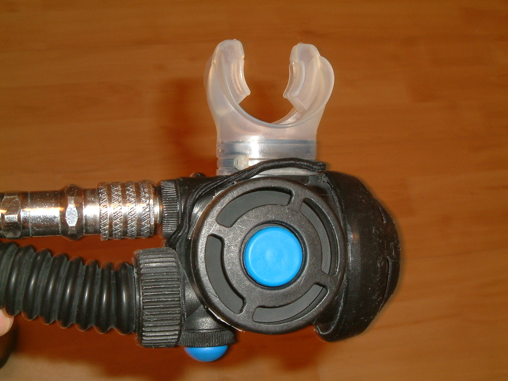 Diving Regulator Gas Circuit Of A Passive Addition Semiclosed Rebreather Combined Demand Valve And Bc Inflation
